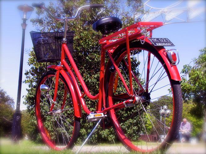 rotes_Fahrrad